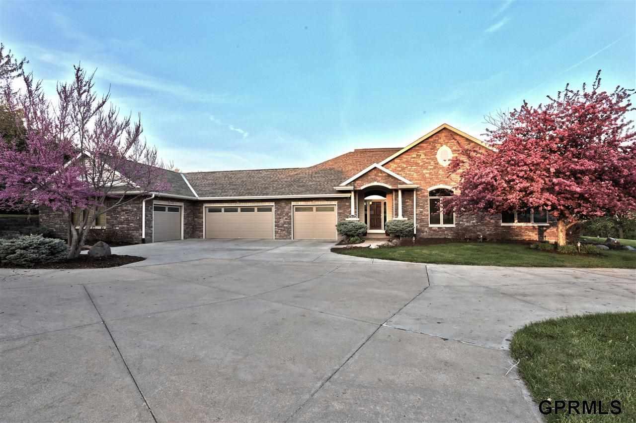 Real Estate for Sale, ListingId: 27964416, Omaha,NE68135