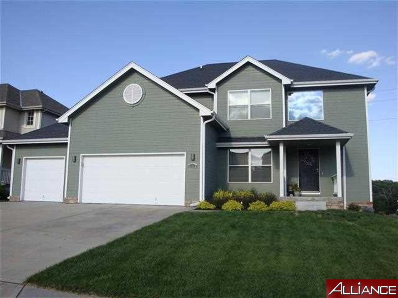Real Estate for Sale, ListingId: 28215167, Papillion,NE68133