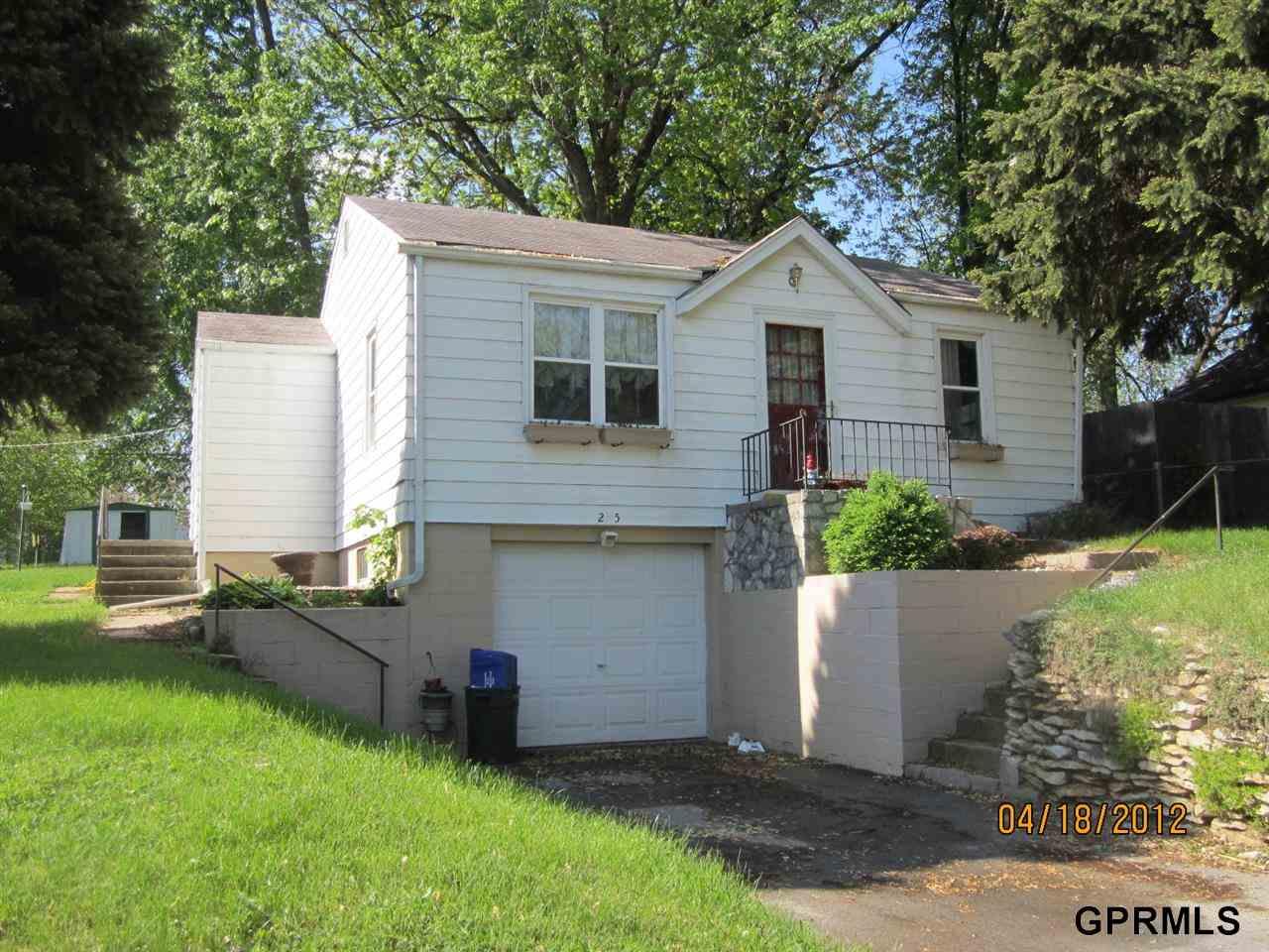 Rental Homes for Rent, ListingId:28953776, location: 2515 Olive Street Bellevue 68147