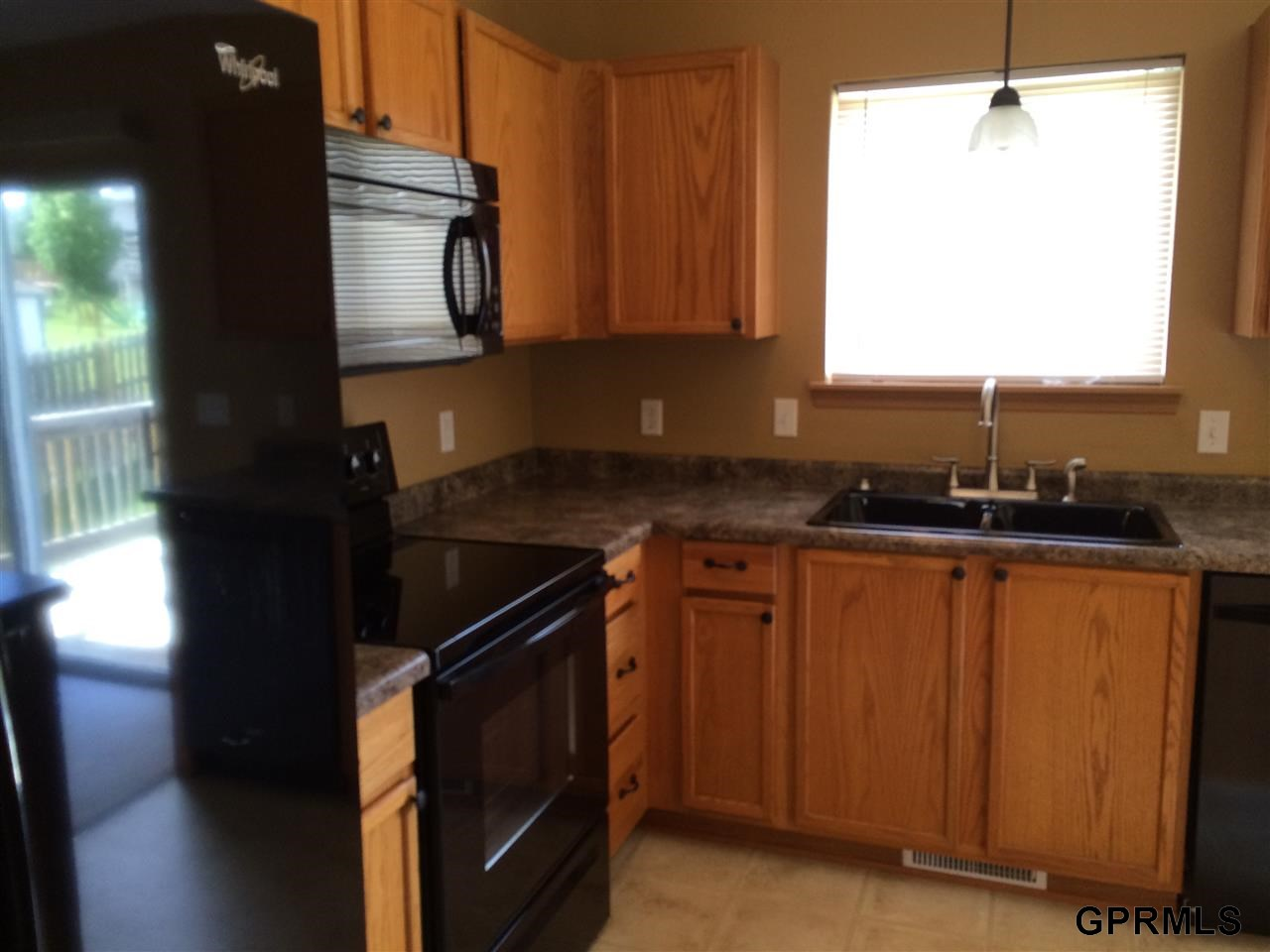 Rental Homes for Rent, ListingId:28997298, location: 16117 Willow St Omaha 68136