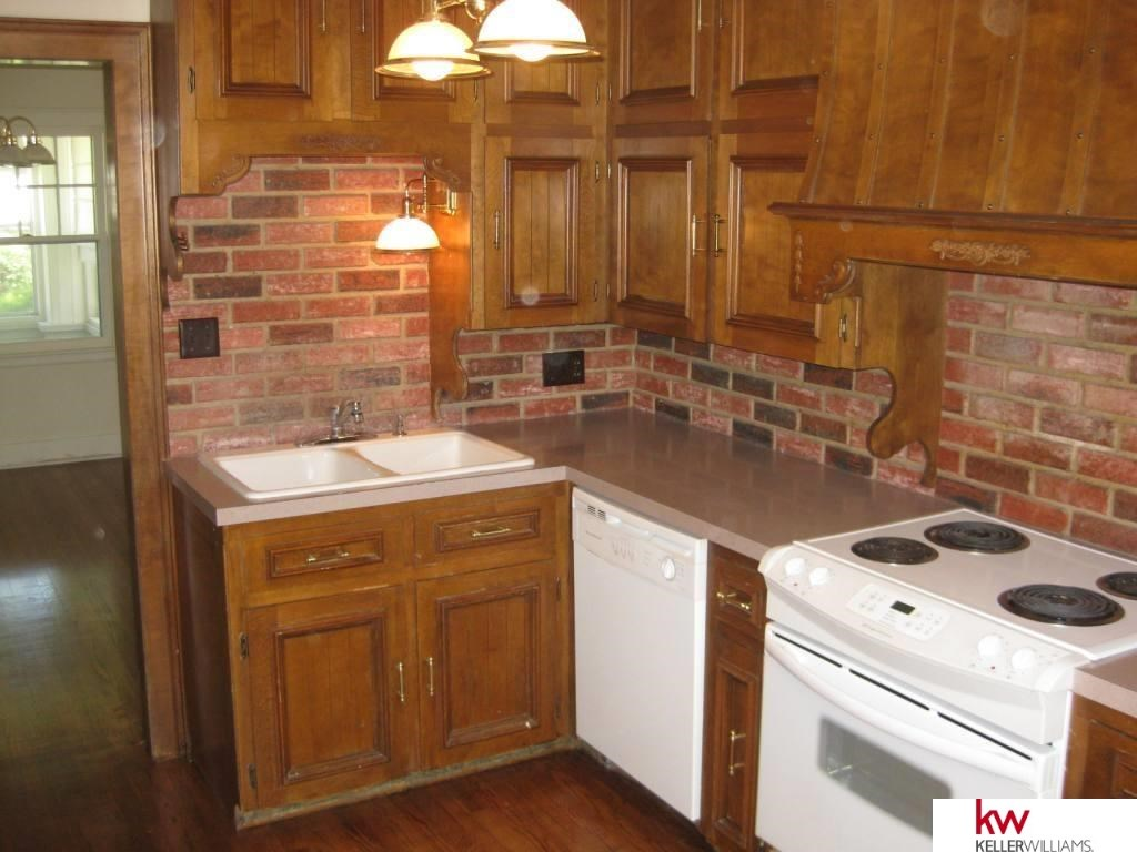 Rental Homes for Rent, ListingId:29211930, location: 4851 HARNEY Omaha 68132