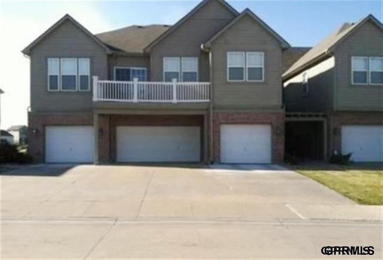Rental Homes for Rent, ListingId:29517778, location: 14108 Tregaron Ridge Avenue Bellevue 68123