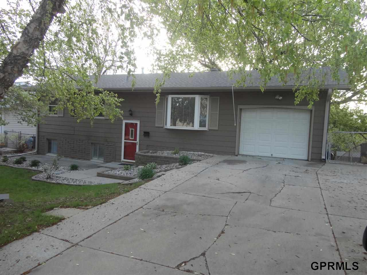 Rental Homes for Rent, ListingId:29523253, location: 4871 S 143 Street Omaha 68137