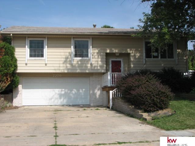 Real Estate for Sale, ListingId: 29571131, Omaha,NE68157