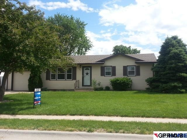 Rental Homes for Rent, ListingId:29586304, location: 11021 Harney Street Omaha 68154