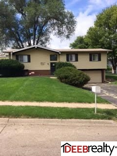 Rental Homes for Rent, ListingId:29586269, location: 5714 N 50 Street Omaha 68104