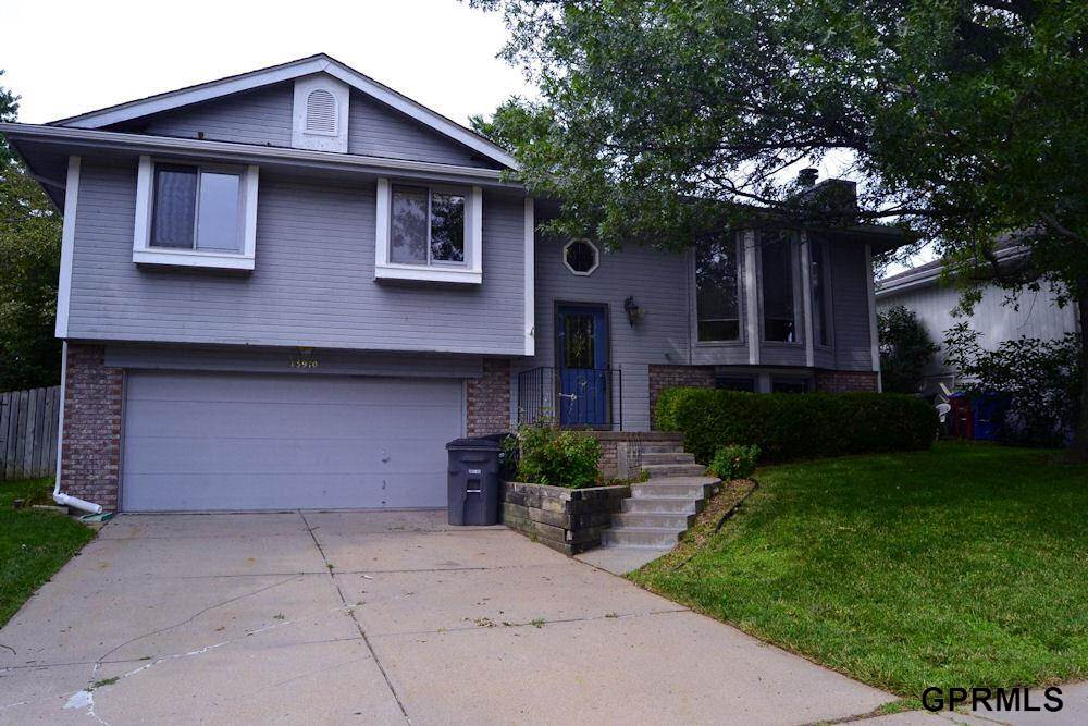 Rental Homes for Rent, ListingId:29595940, location: 13910 Frederick Avenue Omaha 68138