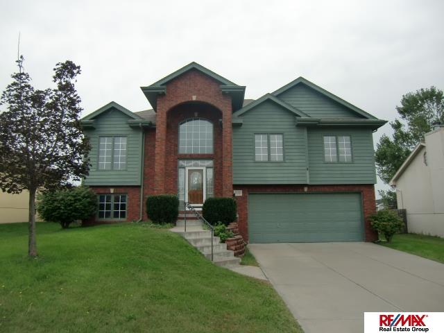 Rental Homes for Rent, ListingId:29796880, location: 612 Diamond Lane Papillion 68133