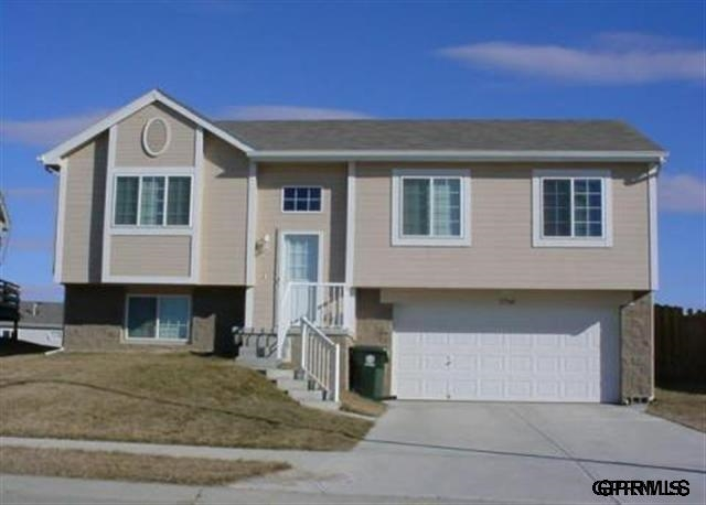 Rental Homes for Rent, ListingId:29850762, location: 17360 Ruggles Street Omaha 68116