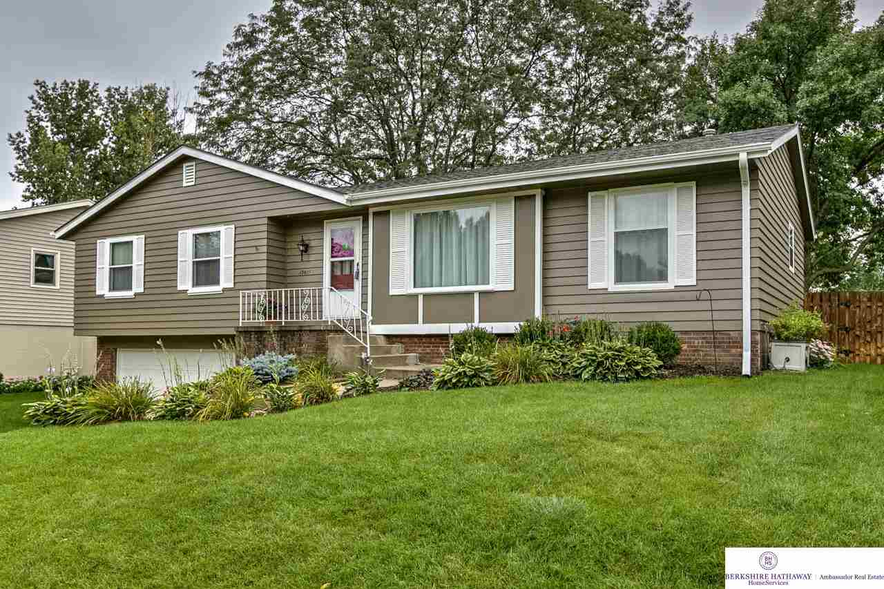 Real Estate for Sale, ListingId: 29868027, Omaha,NE68144