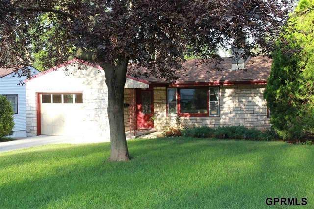 Rental Homes for Rent, ListingId:29964772, location: 2012 Calhoun St Bellevue 68005