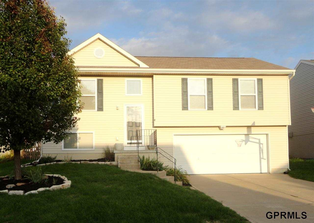 Rental Homes for Rent, ListingId:30104190, location: 5917 S 193rd Street Omaha 68135
