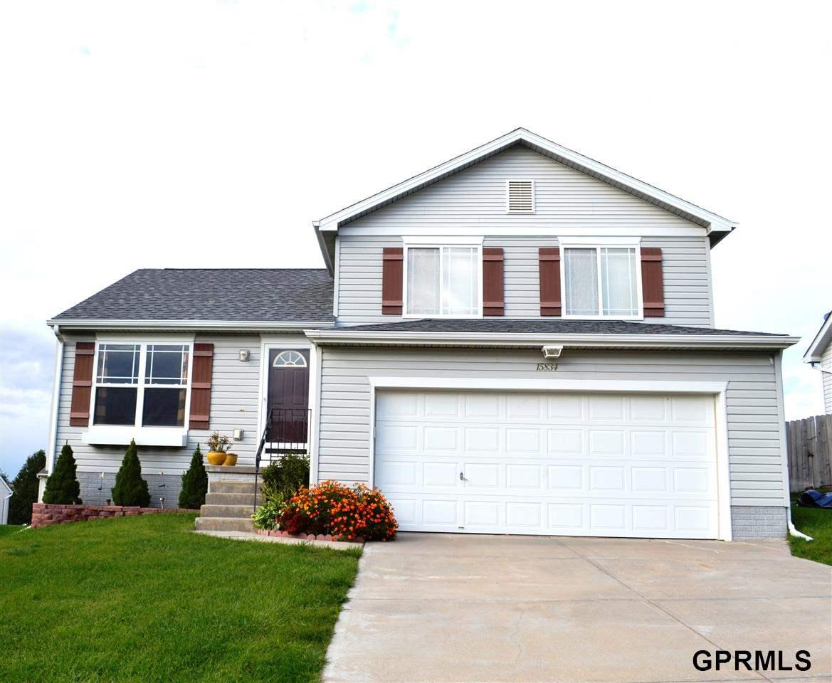 Rental Homes for Rent, ListingId:30189714, location: 15834 Willow Street Omaha 68136