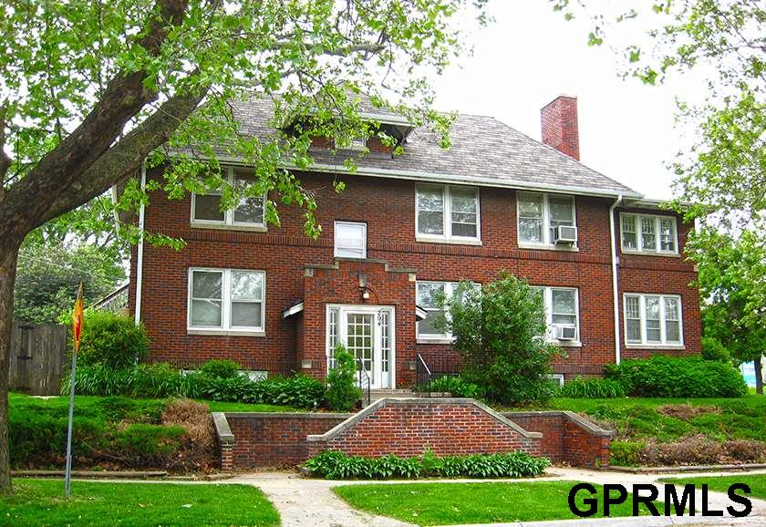 Rental Homes for Rent, ListingId:30198676, location: 204 S 48th Street Omaha 68132
