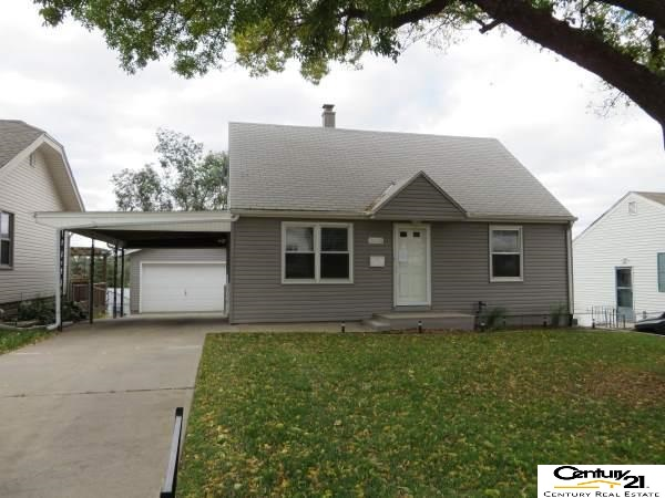 Rental Homes for Rent, ListingId:30327529, location: 3635 Valley Street Omaha 68105