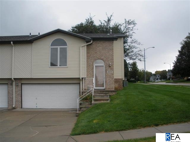 Rental Homes for Rent, ListingId:30385161, location: 16554 Monroe Street Omaha 68135