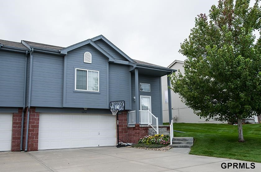Rental Homes for Rent, ListingId:30635417, location: 5054 N 155th St Omaha 68116