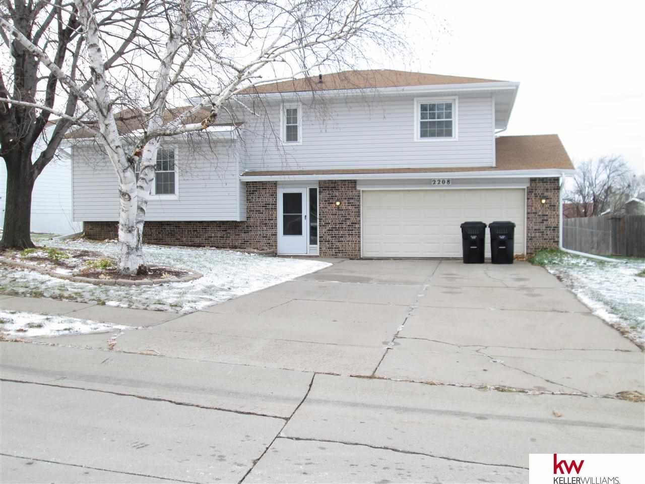 Rental Homes for Rent, ListingId:30647395, location: 2208 Glenwood Avenue Papillion 68046
