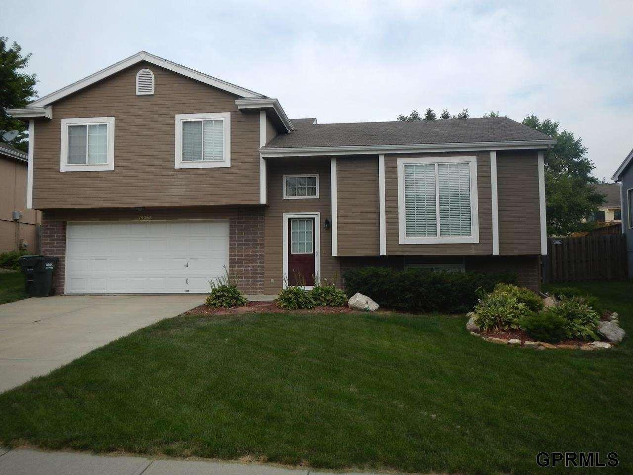 Rental Homes for Rent, ListingId:30726004, location: 15068 Bedford Avenue Omaha 68116
