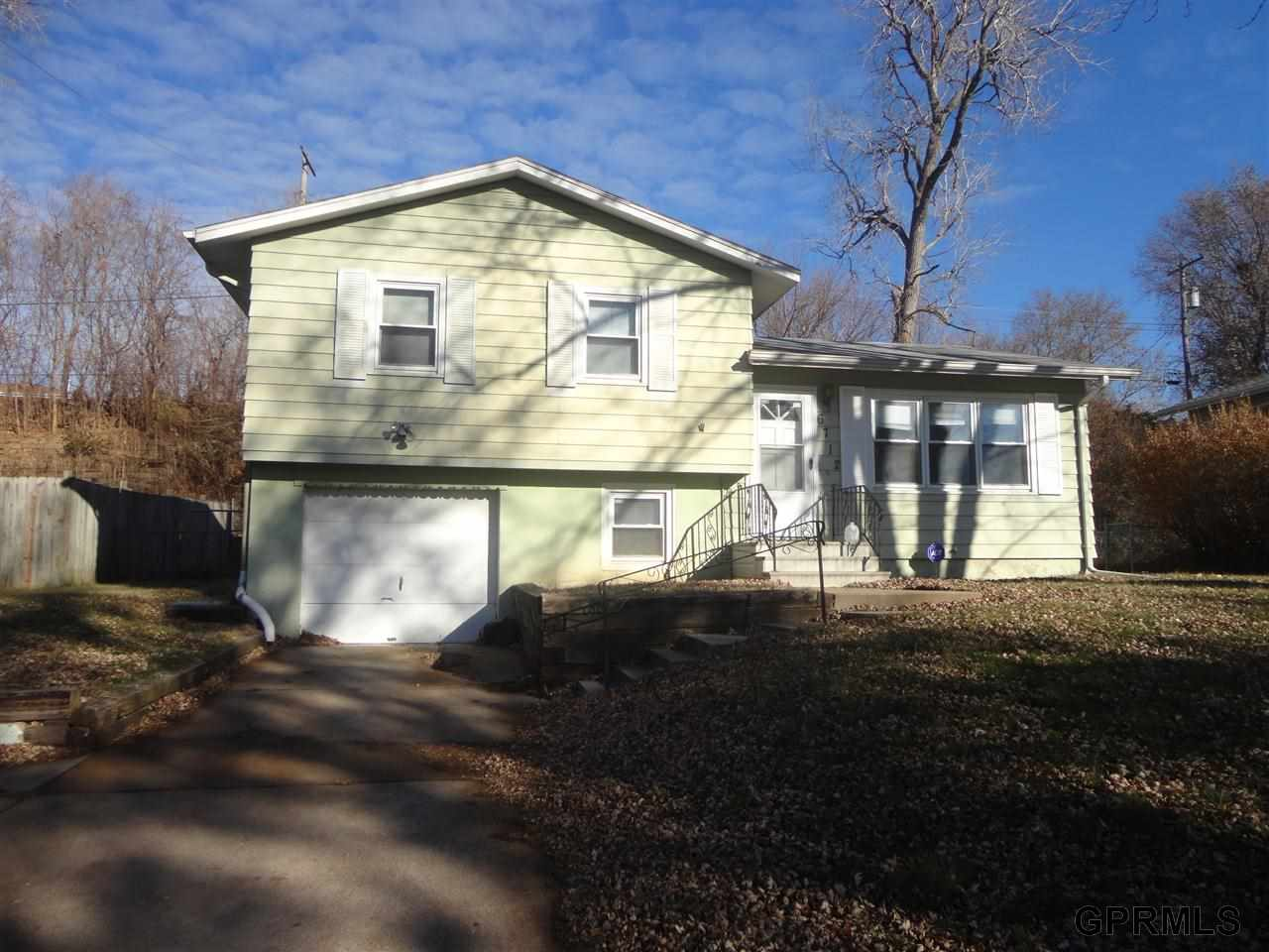 Rental Homes for Rent, ListingId:30845955, location: 6712 Kansas Avenue Omaha 68104