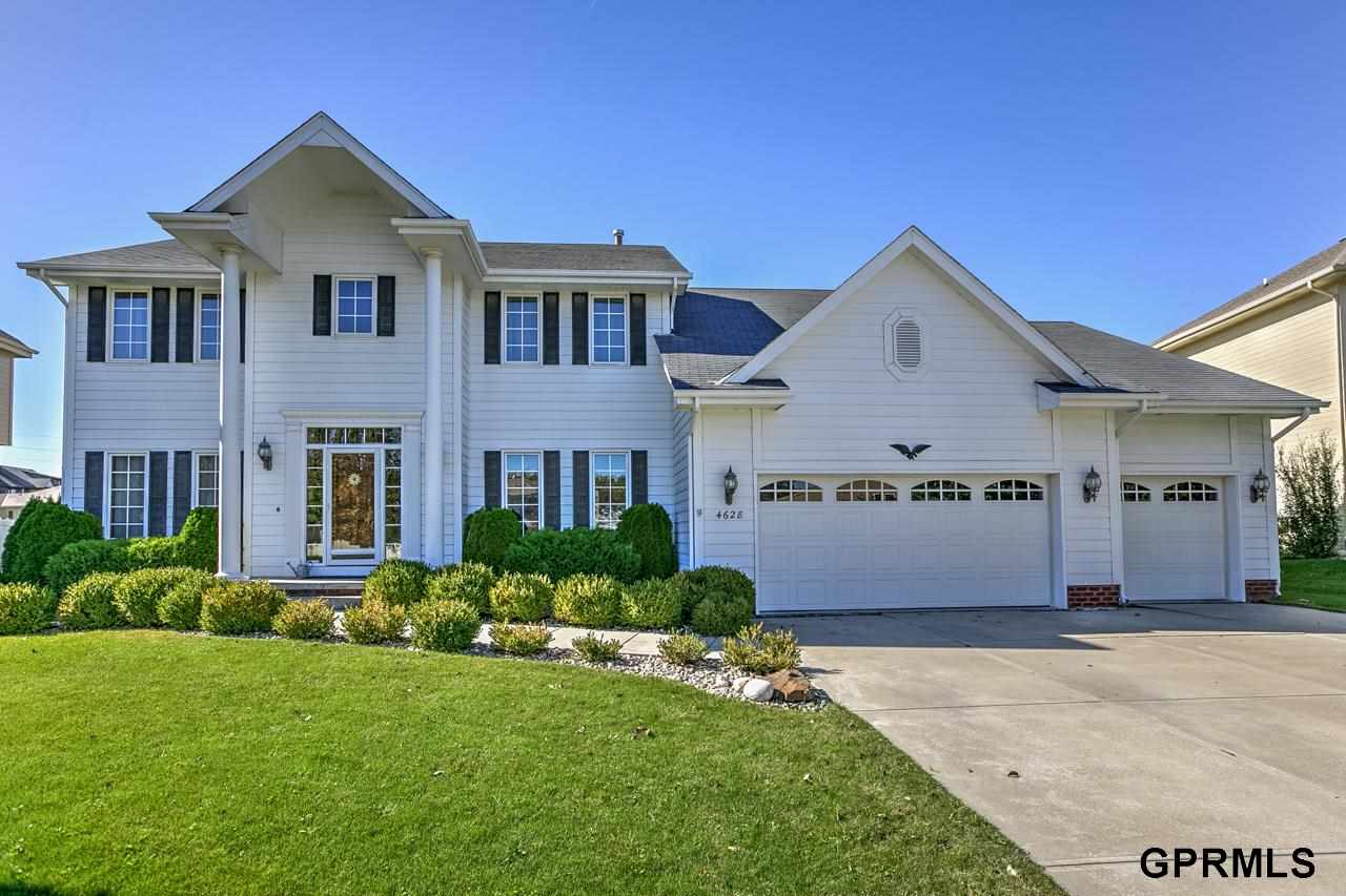 Rental Homes for Rent, ListingId:30915216, location: 4628 Crestview Drive Papillion 68133