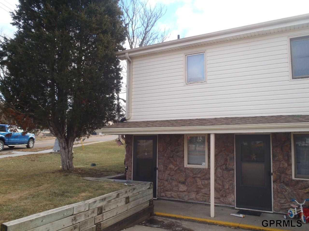 Rental Homes for Rent, ListingId:31004125, location: 302 1/2 Galvin Rd N Bellevue 68005