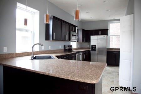 Rental Homes for Rent, ListingId:31416318, location: 4623 Douglas Omaha 68132