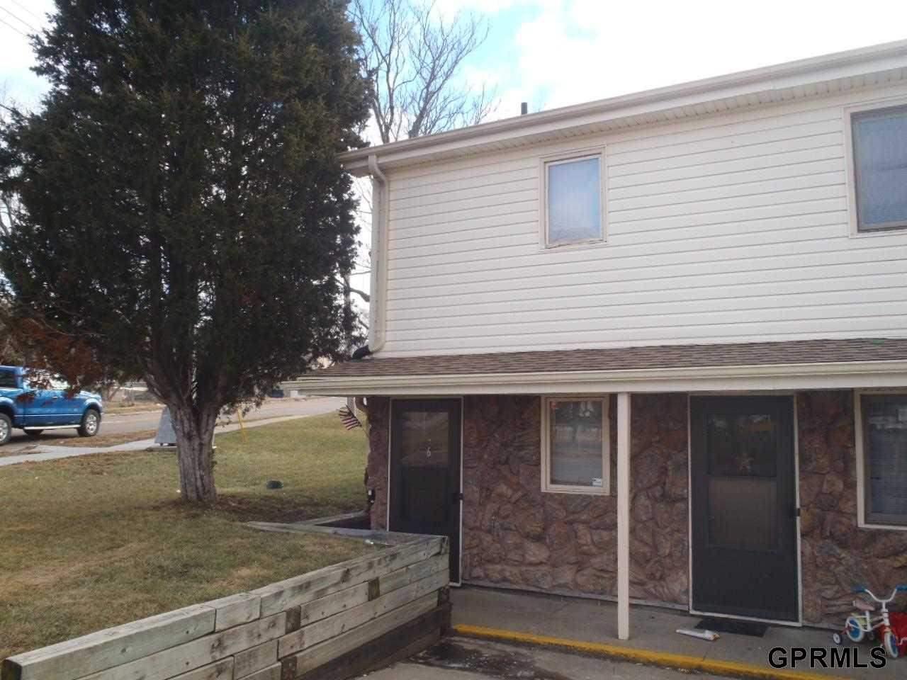 Rental Homes for Rent, ListingId:31447106, location: 302 1/2 Galvin Rd N Bellevue 68005