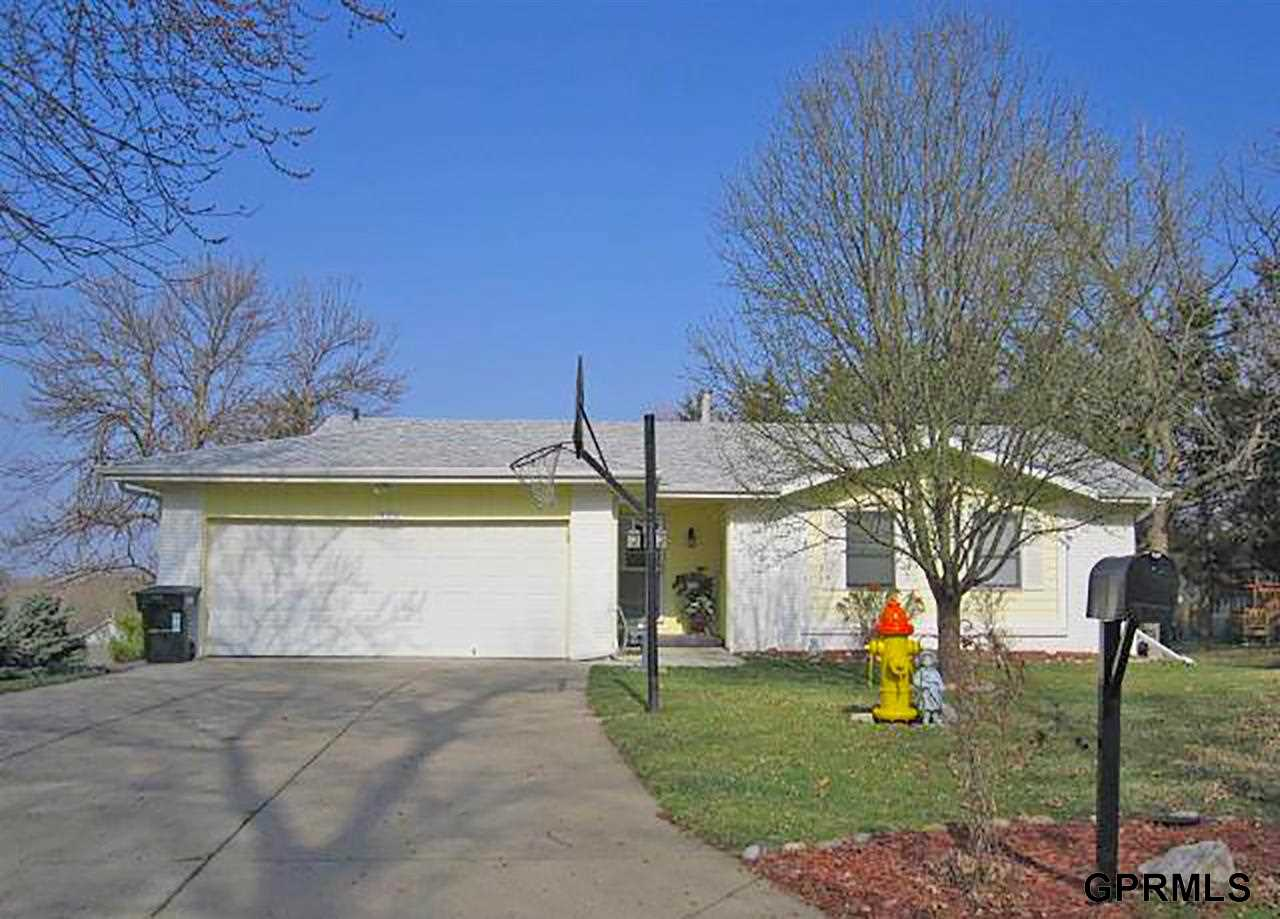 Rental Homes for Rent, ListingId:31508161, location: 14954 Lafayette Omaha 68154