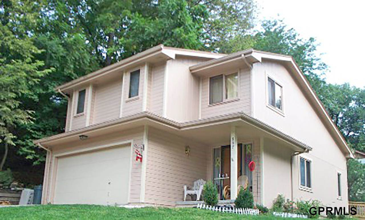 Rental Homes for Rent, ListingId:31615936, location: 807 Shagbark Bellevue 68005