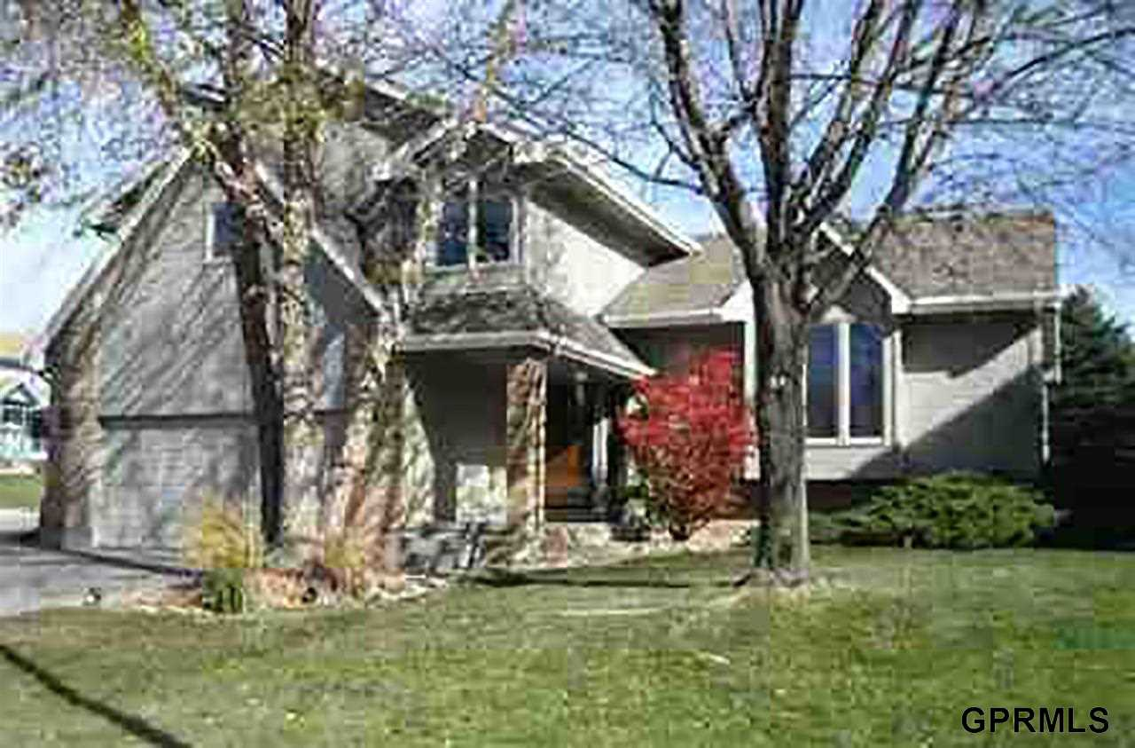 Rental Homes for Rent, ListingId:31658351, location: 325 N 162nd Omaha 68118
