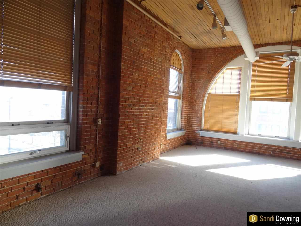 Rental Homes for Rent, ListingId:31718293, location: 314 S 11 Omaha 68102