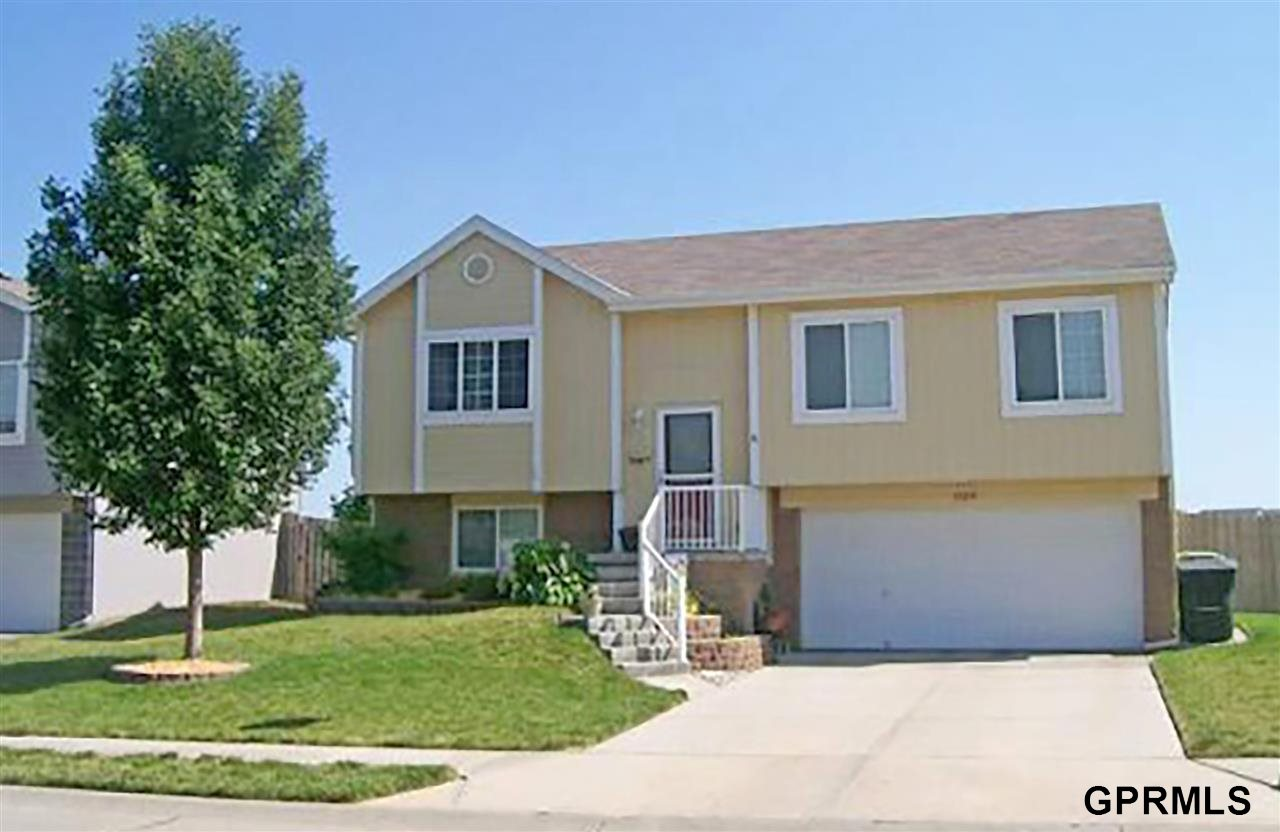 Rental Homes for Rent, ListingId:31893497, location: 17219 Taylor Omaha 68116