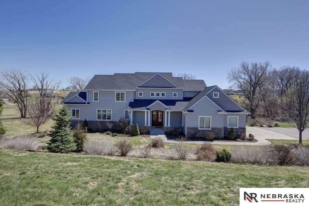 3843 Golden Eagle Cir, Blair, NE 68008