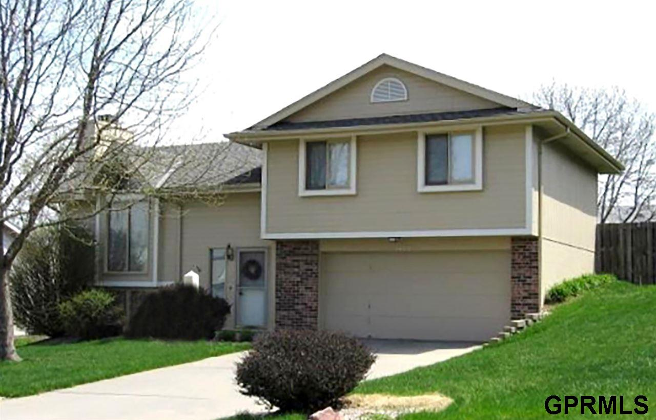 Rental Homes for Rent, ListingId:32672474, location: 5623 N 129th Omaha 68164