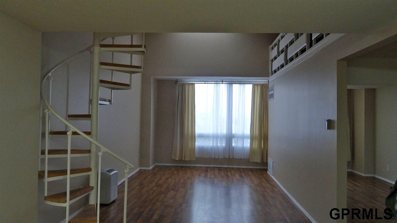 Rental Homes for Rent, ListingId:32747723, location: 3000 Farnam Omaha 68131