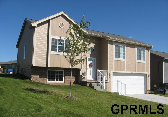 Rental Homes for Rent, ListingId:32929387, location: 5005 N 169th Omaha 68116
