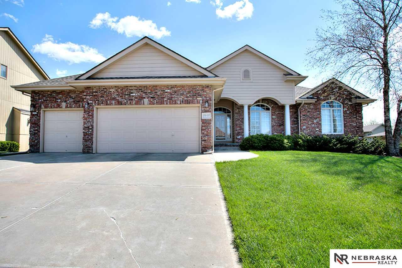 Real Estate for Sale, ListingId: 32937412, La Vista,NE68128
