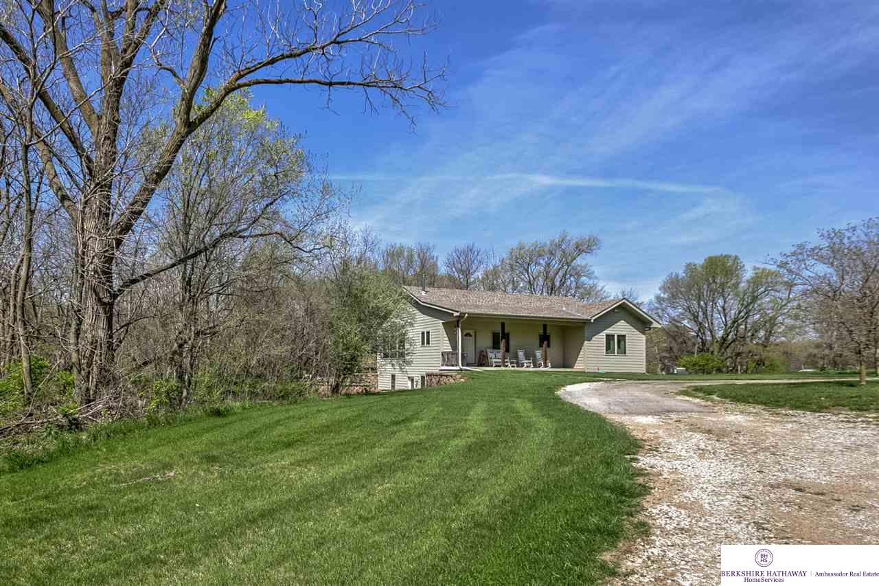7236 County Road 34, Fort Calhoun, NE 68023