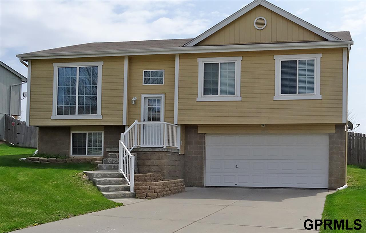 Rental Homes for Rent, ListingId:33127395, location: 8821 N 77th Omaha 68122
