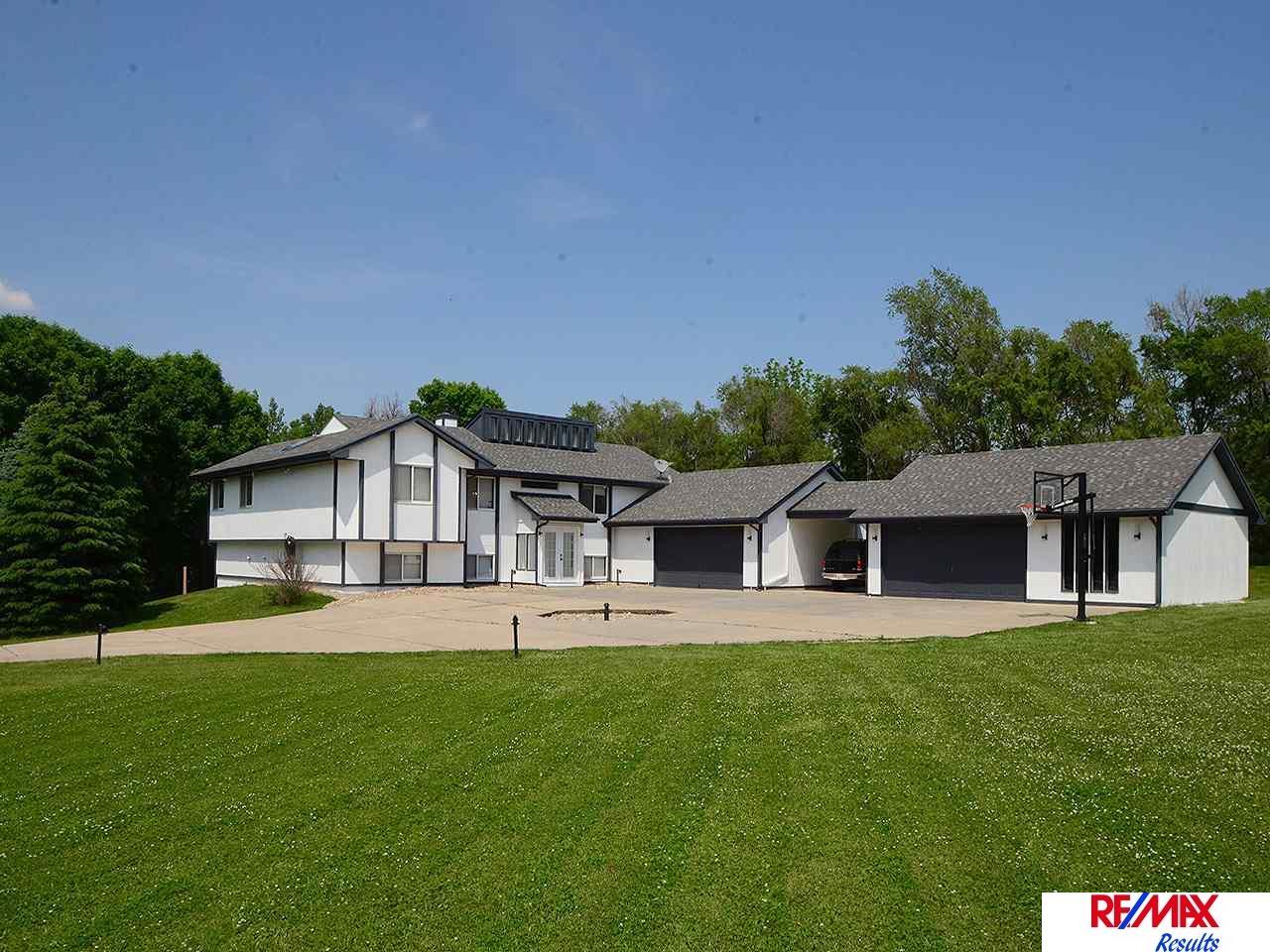 Real Estate for Sale, ListingId: 33544338, Omaha,NE68164