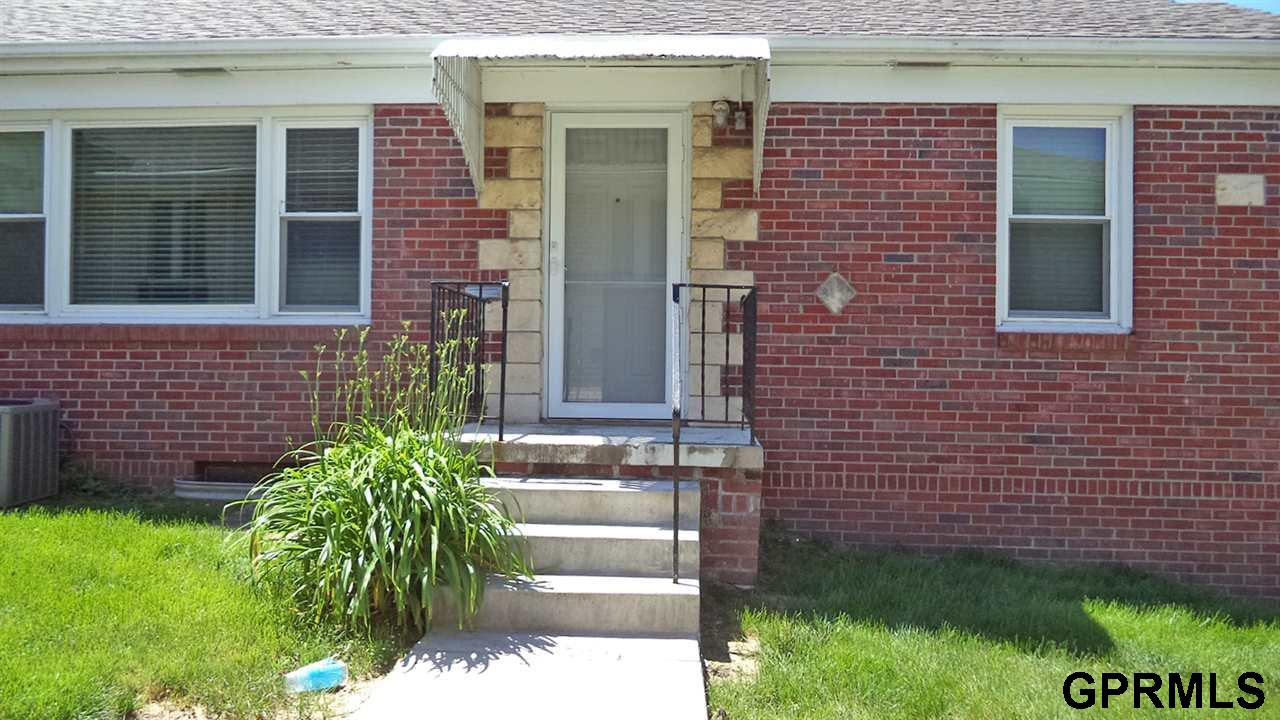 Rental Homes for Rent, ListingId:33764675, location: 305 S 50th Omaha 68132