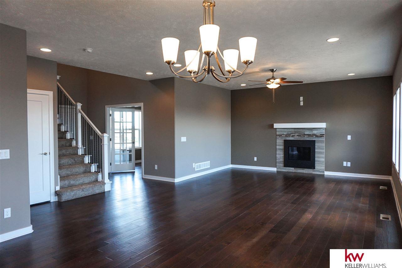 Real Estate for Sale, ListingId: 33796713, La Vista,NE68128