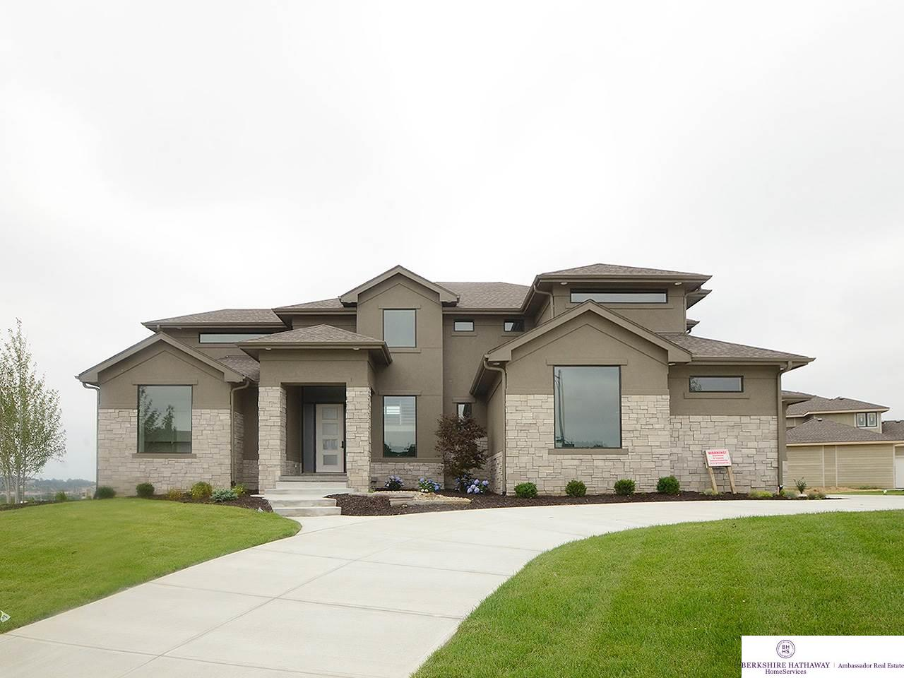 Real Estate for Sale, ListingId: 33933348, Omaha,NE68130