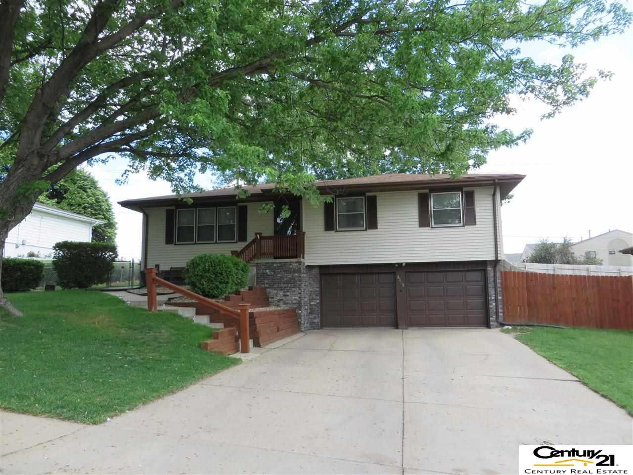 Rental Homes for Rent, ListingId:34157860, location: 8309 S 48th Omaha 68157