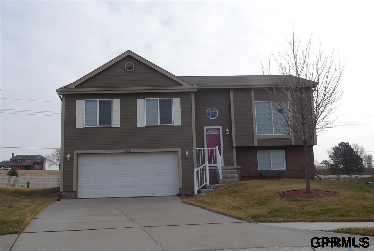 Rental Homes for Rent, ListingId:34362513, location: 16829 Browne Omaha 68116