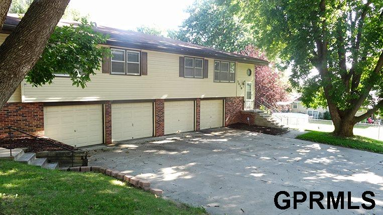 Rental Homes for Rent, ListingId:34820775, location: 9510 Binney Omaha 68134