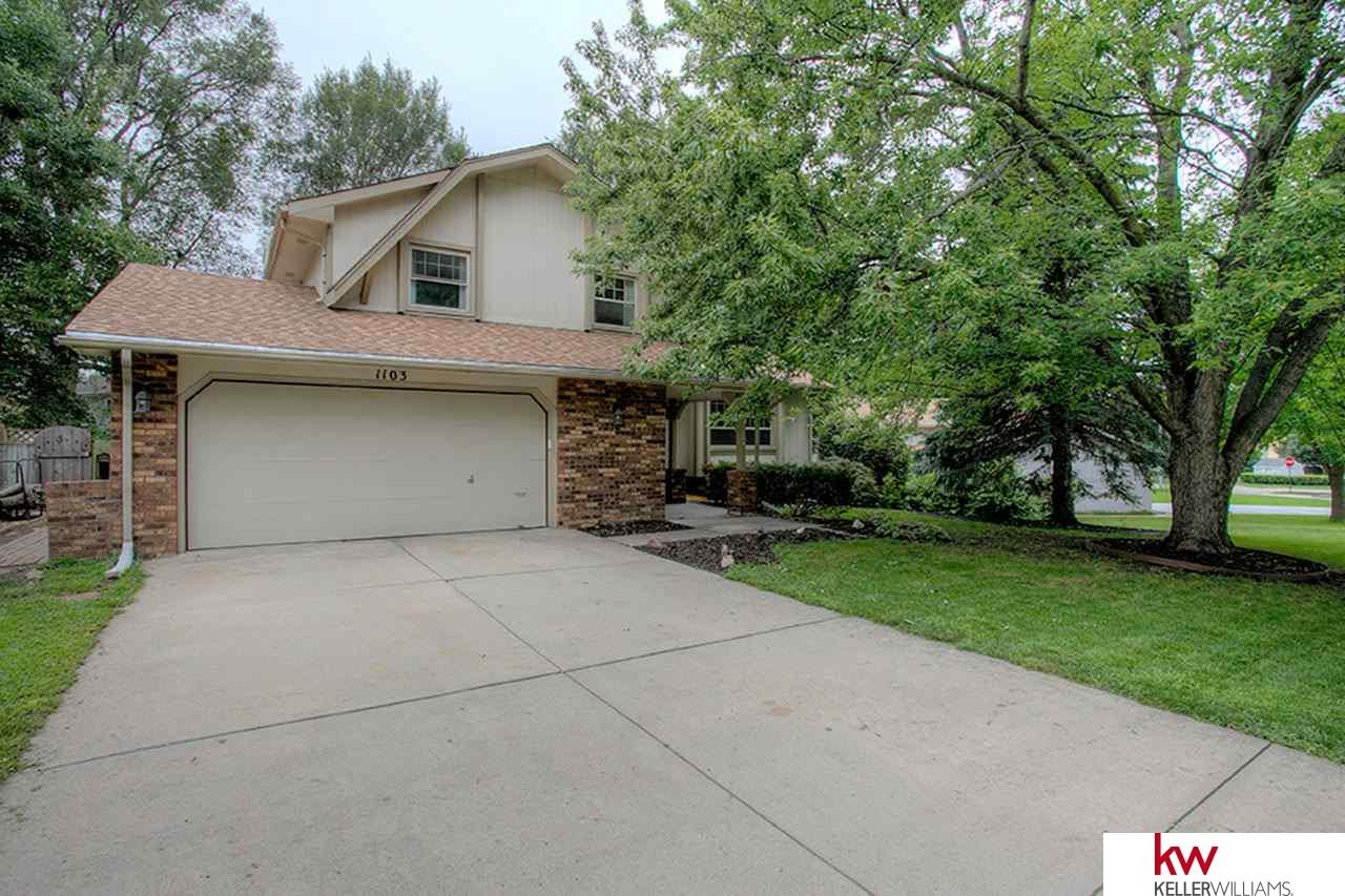 Rental Homes for Rent, ListingId:35605070, location: 1103 Crest Papillion 68046