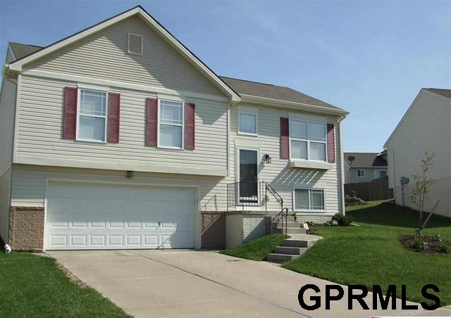 Rental Homes for Rent, ListingId:35807591, location: 16117 Willow Omaha 68136