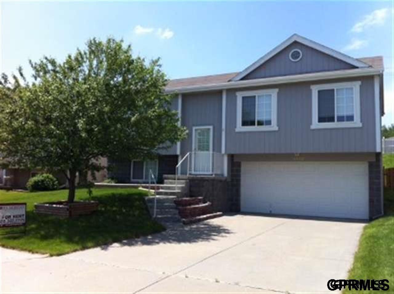 Rental Homes for Rent, ListingId:35807536, location: 5402 S 191st Omaha 68135